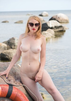 Smoking-hot lifeguard with red lips and moreover pale body jealousy performs duties