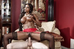 Randy black diva doesn't allow stepdaughter to give blowjob white love pole taking her place